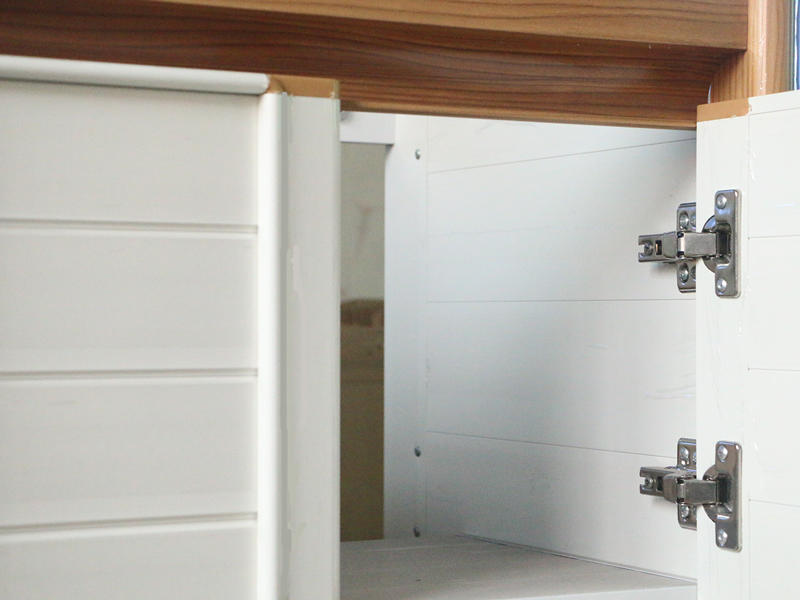 brown bathroom cabinet